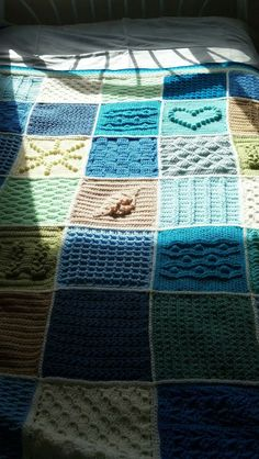 Scheepjes Blanket CAL 2016 (a variation) - In loving memory of the designer Marinke Slump (Wink)- Free Pattern available on Scheepjes Yarn Website - Love the Seashell in the Middle!!!