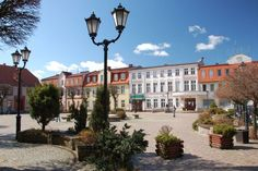 Pojezierze Drawskie, Market Square in Połczyn-Zdrój Lake District, Mansions, House Styles, Home Decor, Poland, Decoration Home, Manor Houses, Room Decor, Villas
