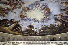 La apoteosis de Washington por Constantino Brumidi, hecho en 1865 en la cúpula del Capitolio
