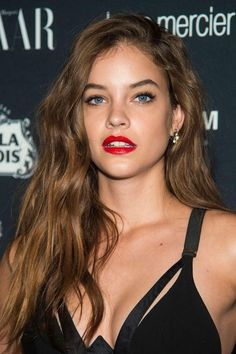 Barbara Palvin Photoshoot Collection – Hot and Sexy Actress Pictures Barbara Palvin, Girl Face, Woman Face, Grunge Hair, Beautiful Actresses, Gorgeous Women, Victoria's Secret, Hollywood, Photoshoot