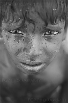 heart-wrenching; love the focal point in this picture. It's all about the pain and overwhelming emotion in the eyes.