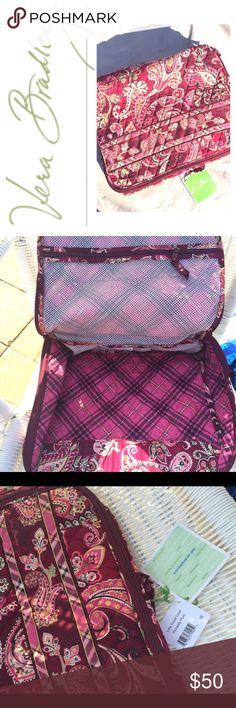 """NWT Vera Bradley Piccadilly Plum Travel Case NWT Vera Bradley Piccadilly Plum Travel Case  New with tags. Zip Mesh compartments inside. Beautiful piece. Back to front 10"""" 13-14"""" long 4"""" - 5"""" deep Vera Bradley Bags Travel Bags"""
