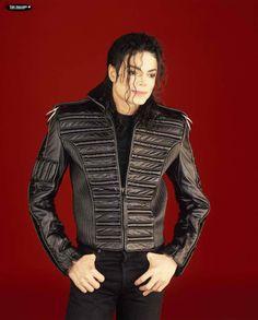 Michael Jackson during the Dangerous era.