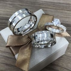 Cute Jewelry, Jewelry Sets, Women Jewelry, Wire Jewelry Designs, Jewelry Trends, Band Rings Women, Smart Ring, White Gold Wedding Rings, Diamond Solitaire Rings
