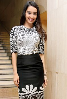 Shraddha Kapoor spotted in Delhi where she went to receive Young Women Achievers Award.