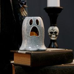 Lee's Home Halloween Gift White Ghost Tealight Candle Holder Lantern with Metal Handle