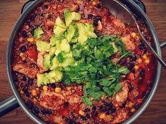 One-Pan Southwestern Chicken Quinoa - YouTube