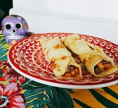 Hoje incorporamos o Pancho Villa e fomos no México. Hoje o Martin terá Tortillas sem gluten. #mexico #tortilla #glutenfree #lactosefree 🌱🐟🐄🍫🍰 @donamanteiga #donamanteiga #danusapenna #amanteigadas #gastronomia #food #bolos #tortas #pie www.donamanteiga.com.br