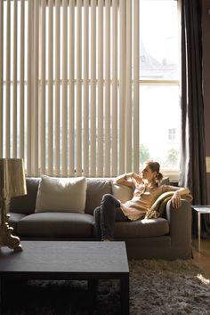 #Binnenhuisinrichting | #Raamgarnering | #Woonkamer | #Verticale lamellen te verkrijgen @ #Mira-Zele www.mira-zele.be