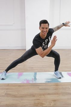 A 30-Minute Workout to Get You Strong, Sculpted, and a Lil' Bit Sweaty