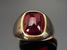 Cabochon Ruby Ring in Gold, Vintage Ring, Lab Grown Ruby Cabochon Ruby Ring in Gold, Vintage Ring, Lab Grown Ruby Ruby Ring Designs, Mens Ring Designs, Vintage Rings, Vintage 70s, Ruby Ring Vintage, Men's Jewelry Rings, Accesorios Casual, Thumb Rings, Ruby Gemstone