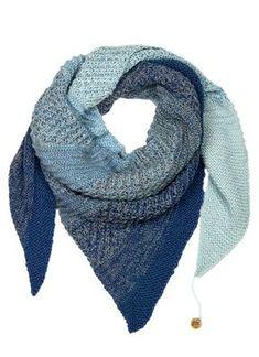 Modell 4 aus Shades of Alpaca Silk Flyer Nr. 2017 - - Modell 4 aus Shades of Alpaca Silk Flyer Nr. 2017 So much yarn, so little time Modell 4 aus Shades of Alpaca Silk Flyer Nr. Knitting Blogs, Knitting Stitches, Free Knitting, Knitting Socks, Baby Knitting, Knitting Patterns, Crochet Patterns, Wholesale Yarn, Triangle Scarf