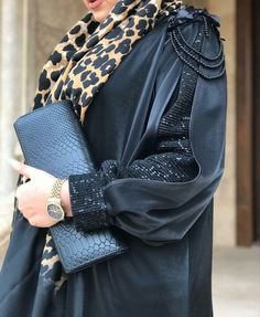 Burka Fashion, Iranian Women Fashion, Modesty Fashion, Muslim Fashion, Fashion Drawing Dresses, High Fashion Dresses, Mode Abaya, Mode Hijab, Kebaya
