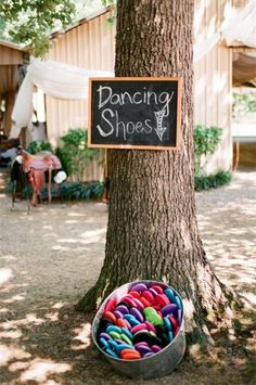 Everyone gets dolled up for your wedding, but they may not be comfortable dancing in the shoes they came in, so here is a cute way to give your guests a more comfortable option. ~A