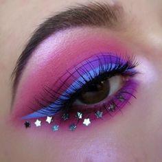 "@katvondbeauty metal matte palette ""fringe"",  @morphebrushes 35S palette,  @nyxcosmetics jumbo eye pencil milk,  @devinahcosmetics vixen eyeshadow,  @looxi_beauty spiced eyeshadow & stripped highlight,   liner is @kryolanofficial white aqua color mixed with @bennyemakeup magicake royal purple,  @kissproducts lily eyelashes"