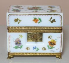 FRENCH OPALINE BOX