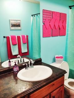 Marvelous A Vision To Remember All Things Handmade Blog: Hot Pink And Aqua Girls  Bathroom