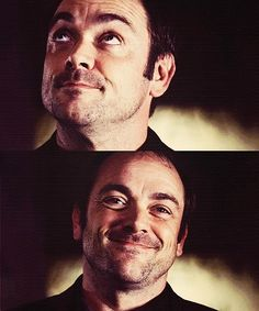 Finally a picture where Mark Sheppard is actually smiling! :)