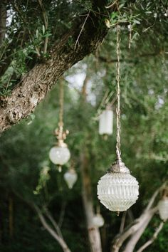 love these lanterns hanging at the ceremony site   Photography by jessicakettle.com    Design + Planning by amorologyweddings.com    Floral Design by jldesignsandevents.com    Read more - http://www.stylemepretty.com/2013/07/11/palm-springs-wedding-from-amorology/