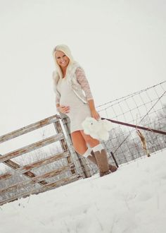 Blog about life, fitness, fashion, pregnancy  Maternity, photos, images, pictures, pregnancy, progress, winter, snow, black and white, blonde, barn, cold, pregnant, december, ideas, pins, outdoor, photo, shoot, baby, family, belly, bump, holiday