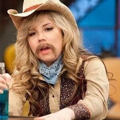 Photo of iCarly for fans of Jennette McCurdy 34241555 Icarly, Matching Pfp, Matching Icons, Friendship Wallpaper, Current Mood Meme, Couple Wallpaper, Jennette Mccurdy, Kawaii Chibi, Foto Art