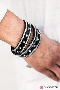 Glitter Band--$5 Lead and nickel free Paparazzi Accessories