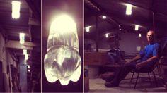 Acqua e candeggina fanno luce gratis! La lampada di Moser in tempo di crisi  http://tuttacronaca.wordpress.com/2013/11/26/acqua-e-candeggina-fanno-luce-gratis-la-lampada-di-moser-in-tempo-di-crisi/