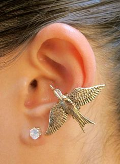 Hunger Games Inspired Bronze Mocking Jay Ear Cuff  by martymagic, $29.00