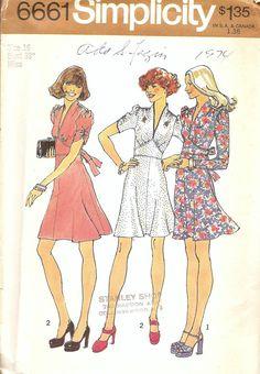 1 - Vintage Sewing Pattern Dress 1970s Simplicity 6661 by TenderLane, $12.00