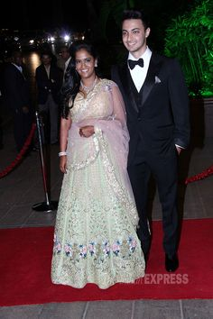 #SalmanKhan's sister #Arpita, Aayush's grand #wedding reception