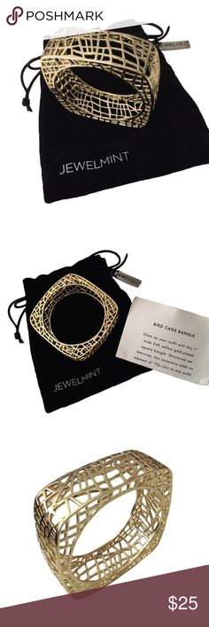 ✨NWT Jewelmint 24K Gold Plated Bangle ❣LOWEST Markdown❣Super chic bangle bracelet from Jewelmint. New & never worn, it comes with the original velvet dust bag it came in & description card. This bangle is truly unique with it's abstract geometric cage design. PRICE FIRM unless bundled. Jewelmint Jewelry Bracelets