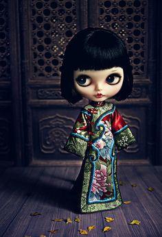 custom Blythe, Chinese dress