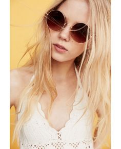 Image 4 of ROUNDED METALLIC SUNGLASSES from Zara