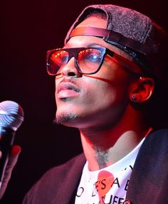 August-Alsina released from hospital after collapsing on stage. Sept. 2014