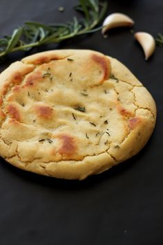 Gluten Free and Yeast Free Rosemary and Garlic Flatbread | Recipes Worth Repeating | http://recipesworthrepeating.com/recipes/gluten-free/gluten-free-rosemary-and-garlic-flatbread/