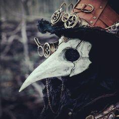 Very nice steampunk plague doctor Plague Mask, Plague Doctor Mask, Plague Dr, Plauge Doctor, Crow Mask, Memes Arte, Mode Steampunk, Steampunk Mask, Steampunk Fashion