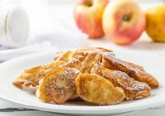 Süße Hauptspeise oder fruchtige Nachspeise? Die Äpfel in Palatschinkenteig sind immer ein Genuss. Apple Pie, Food Inspiration, French Toast, Dessert Recipes, Food And Drink, Sweets, Snacks, Baking, Breakfast