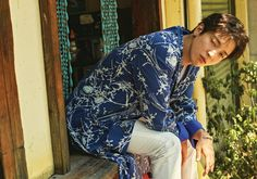 """Jung Yong Hwa Takes You On A Tropical Holiday In Teaser Photos For Mini Album """"Do Disturb"""" 
