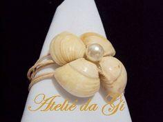 Porta-guardanapo feito de concha do mar, perfeito para casamento na praia! Surpreenda seus convidados com mais esse mimo do Ateliê da Gi! R$ 1,50