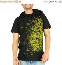 ANGLE t-shirt man with hood, geometric prints, ice break, face, psywear, underground, electro, techno, black and yellow, Handmade Materials: t shirt, man, printed, silkscreen, hooded