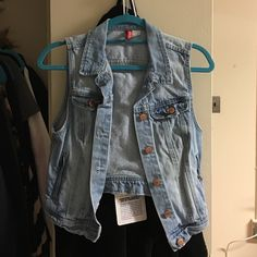 H&M Sleeveless Jean Jacket H&M Sleeveless Jean Jacket, worn a few times, in great condition. I am normally a Small. H&M Jackets & Coats Jean Jackets
