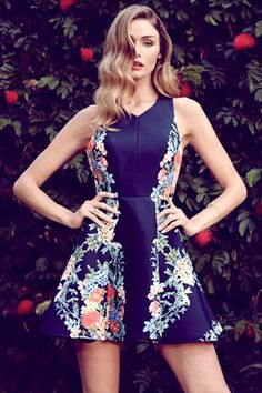 Vestido floral azul marino - Keepsake Second Chance Navy Blue Floral Print Dress