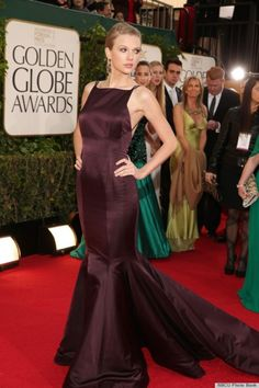Taylor Swift wearing Donna Katana Atelier at the 2013 Golden Globes