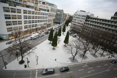 Hohe Bleichen, Hamburg, Germany. Photo: Michael Rauhe. Landscape Architects: Breimann & Bruun