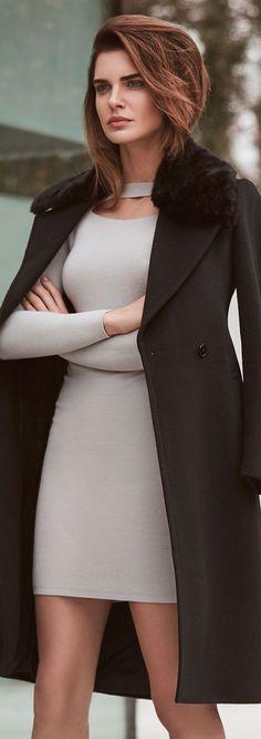 Will buy Scuba clothes in grey for this dress. ชุดเข้ารูปแขนพอดียาวเลยศอกมาหน่อย