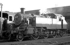 BR standard class 2 2-6-0 Steam Trains Uk, Steam Railway, Train Engines, Train Car, Steam Engine, Steam Locomotive, Shed, Engineering, Around The Worlds