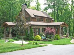 Rustic Craftsman - Blowing Rock, NC ~http://www.villagerealestatenc.com/images/76852-1.JPG