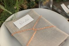 Copper Chain Accents on Natural Linen Napkins with Calligraphy Place Cards  | Carlie Statsky Photography | Earthy and Organic Wedding Shoot in Soft Neutrals and Copper