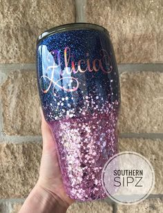 Personalized Gift Navy and Pink Glitter Tumbler Blue and Pink Glitter Tumbler Valentines Day Gift Glitter Cups, Purple Glitter, Glitter Tumblers, Glitter Slime, Acrylic Tumblers, Glitter Dress, Glitter Stars, White Glitter, Vinyl Tumblers