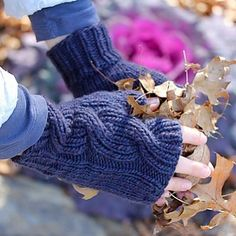 The Laura Mitts are another early design, made to coordinate with the Laura cowl and Azul hat. I don't often design mitts, but I'm a sucker for matching sets.